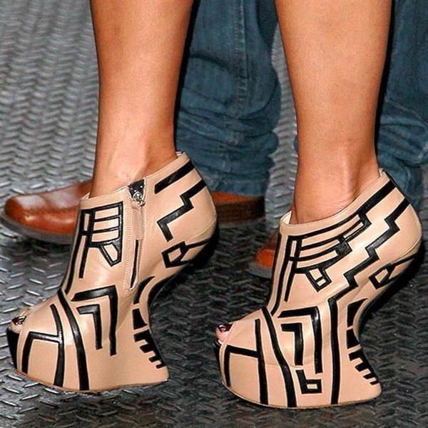 Туфли без каблука на платформе