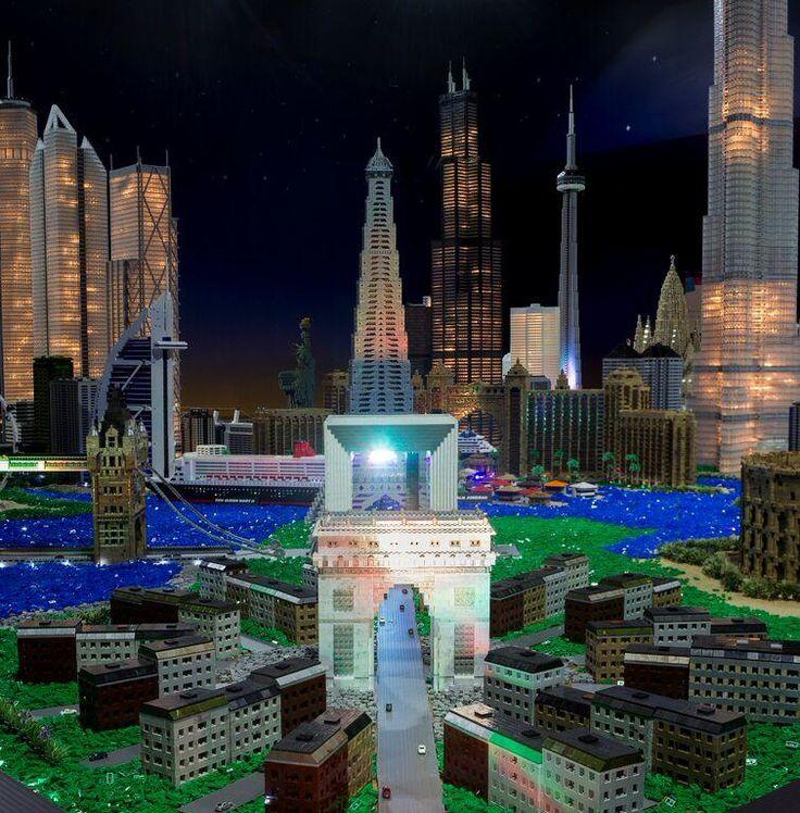 NEW: The World in Mega Bloks® | Grévin Montreal