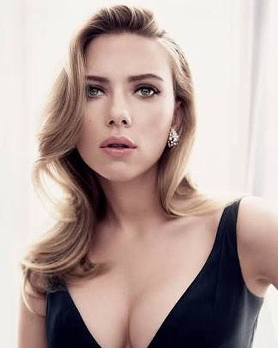 Happy birthday Scarlett Johansson!  She made her film debut in North. Johansson subsequently starred in Manny & Lo in 1996 and garnered further acclaim and prominence with roles in The Horse Whisperer and Ghost World. @Wikipedia