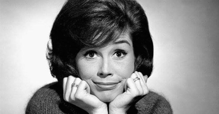 Breaking: Sitcom Queen Mary Tyler Moore Dies At The Age Of 80 -    Legendary actress Mary Tyler Moore has died at the age of 80 after years of declining health.   Mary Tyler Moore's longtime rep, Mara Buxbaum,  i... See more at https://www.icetrend.com/breaking-sitcom-queen-mary-tyler-moore-dies-at-the-age-of-80/