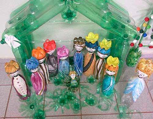 pesebre con botellas pet reutilizadas pesebres caseros hechos con manualidades #christmas #decorations #crafts #diy #pesebre #nativity #recycle #upcycle #reciclar #reutilizar #navidad #decoracion #manualidades #bottles