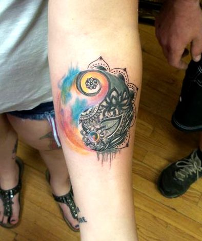 the 32 best images about tattoos ying yang on pinterest coloring pages tattoo on shoulder and. Black Bedroom Furniture Sets. Home Design Ideas
