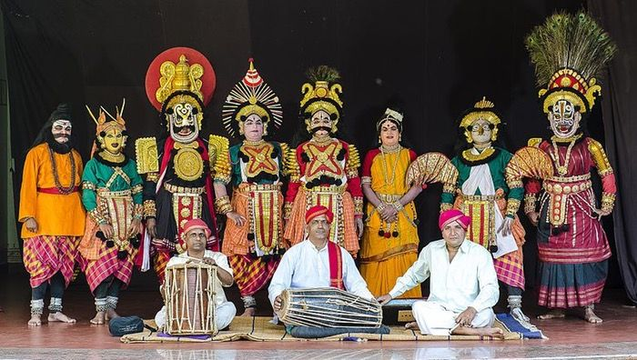 a national culture policy needs to look broadly at effective ways of managing, promoting, preserving and showcasing this rich and vibrant culture and handle the economics of the culture 'industry' through a variety of innovative initiatives, new participation, governmental incentives, funding and public private partnership (PPP) models.