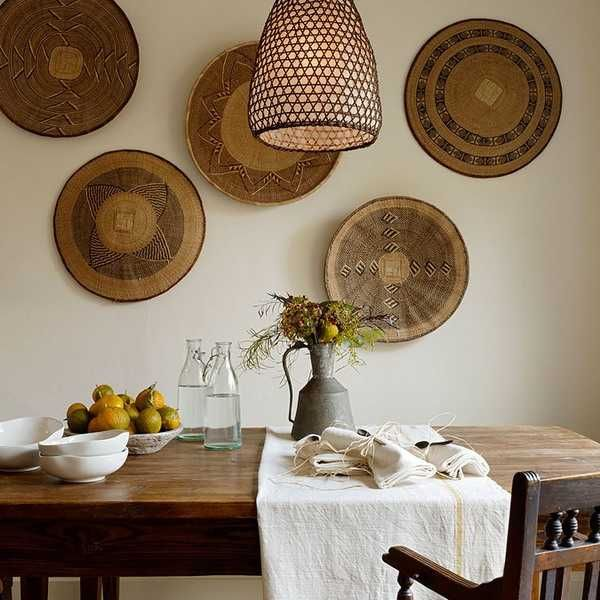 plates on the wall ideas - Pesquisa Google