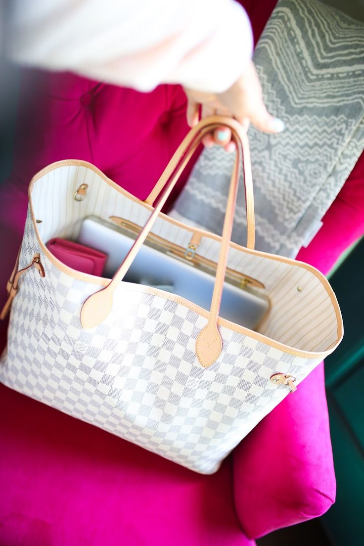 Emily Gemma blog, The Sweetest Thing Blog, Louis Vuitton Neverfull GM Damier Azur bag review, Neverfull MM Damier Ebene bag review,…