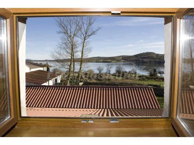 Fotos de Casa del Lago de Campoo - Casa rural en Orzales (Cantabria) http://www.escapadarural.com/casa-rural/cantabria/casa-del-lago-de-campoo/fotos#p=0000000076750