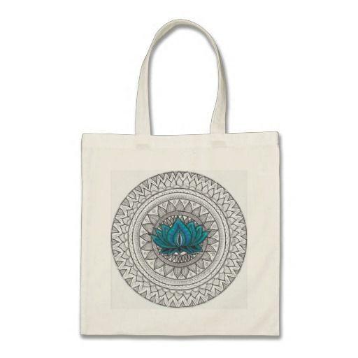 Bolsa  100% Algodón  Asa larga  34 x 40 cm  Color Natural. Talla unica. Ilustración estampada creada por nosotros. Flor de lotto azul. de CreativeTienda en Etsy