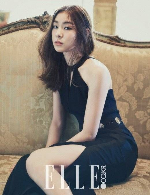 Figure skater Kim Yuna shows off her elegance in 'Elle'--and check out her sweet smile, too! | http://www.allkpop.com/buzz/2014/08/figure-skater-kim-yuna-shows-off-her-elegance-in-elle-and-check-out-her-sweet-smile-too