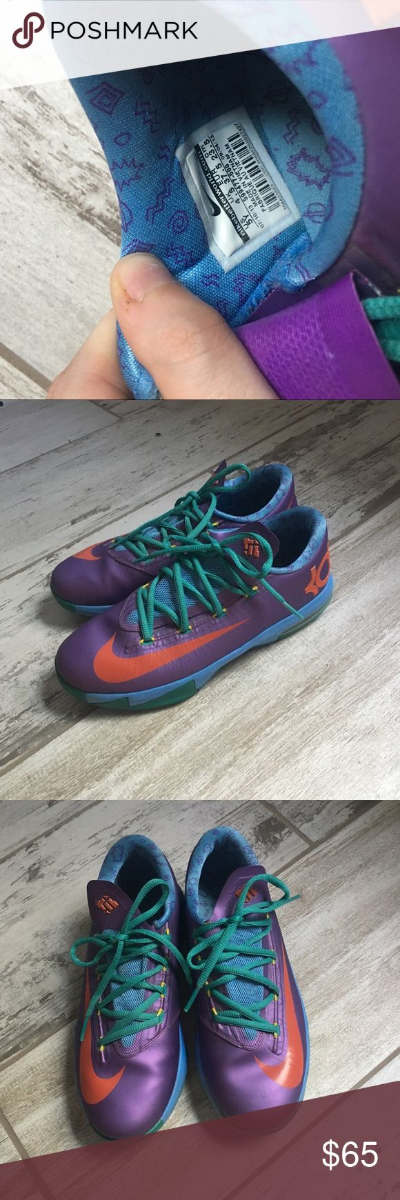 KD Sneakers (Kevin Durant) KD basketball sneakers, like new. Hardly ever worn, and they now just sit in my closet collecting dust. Super cool shoes. Looks good on the court or with jeans. Kids size 5 women's size 7! Nike Shoes Athletic Shoes