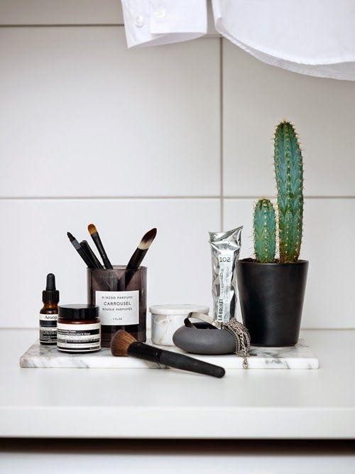 Bougie pour ranger ses pinceaux de maquillage / Decoration