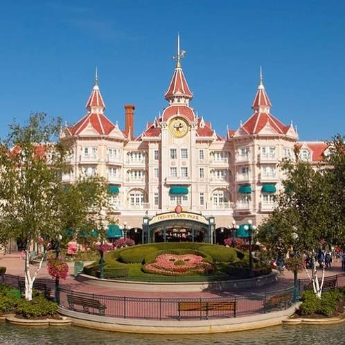 Comparateur de voyages http://www.hotels-live.com : Féerie & luxe en vente flash jusquà -50% au Disneyland Hotel 5 => http://www.voyage-prive.com/fiche-produit/details/53521/b1 #disney #disneyland #disneylandparis #paris #voyageprivefrance #trip #tourisme #upgrade #travel #voyage #voyageprive #holiday #discover #seetheworld #instagram #instatravel #instavoyage #traveling #vacation #lovetravel #beautiful #dream #paradise #evasion #detente #break Hotels-live.com via…