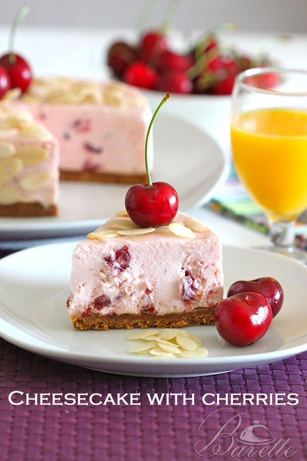 Cheesecake de cerezas en almíbar