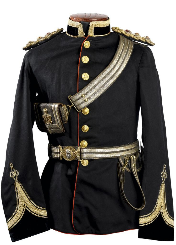 AN OFFICER'S UNIFORM OF THE MADRAS MEDICAL SERVICE CIRCA 1900 BY HOBSON & SONS, LEXINGTON STREET