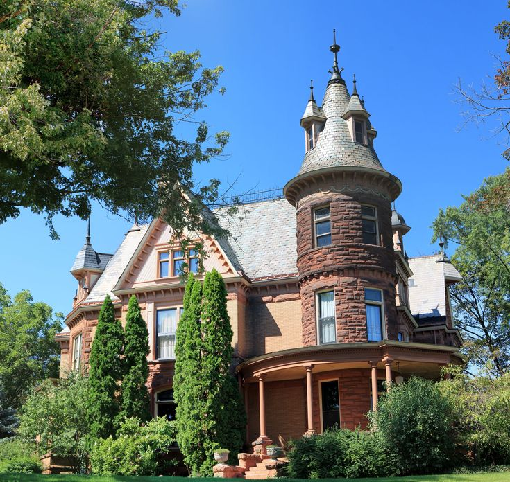 The Ten Most Haunted Places in Michigan...Henderson Castle #3 right here in the Zoo!!