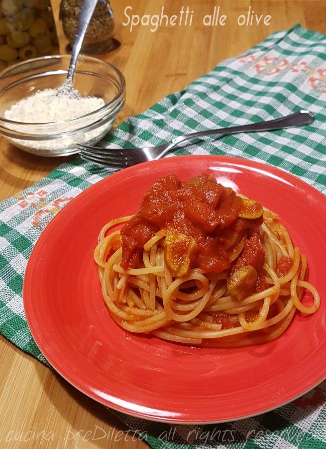 Spaghetti alle olive verdi - spaghettata veloce | cucina preDiletta