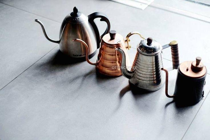 Coffee Maker Yang : Ketel leher angsa mungkin adalah simbol yang paling ikonik dari manual brewing kontemporer saat ...