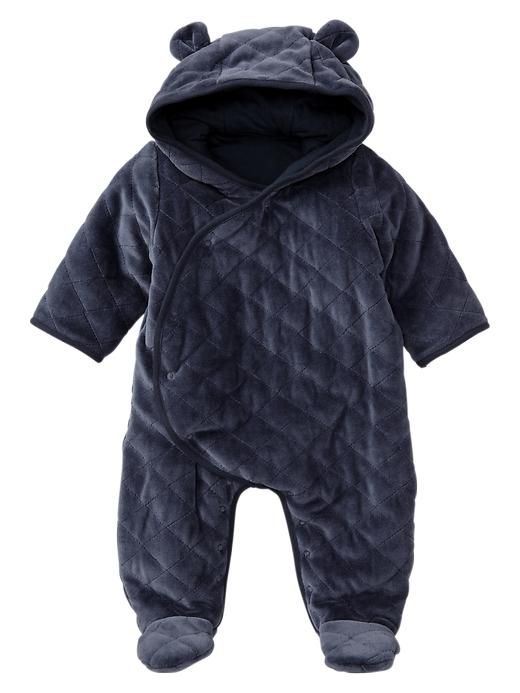 Quilted bear footed one-piece. I bought this for my Grandson, the softest snowsuit ever. I hope they have them in Gap stores again this year!