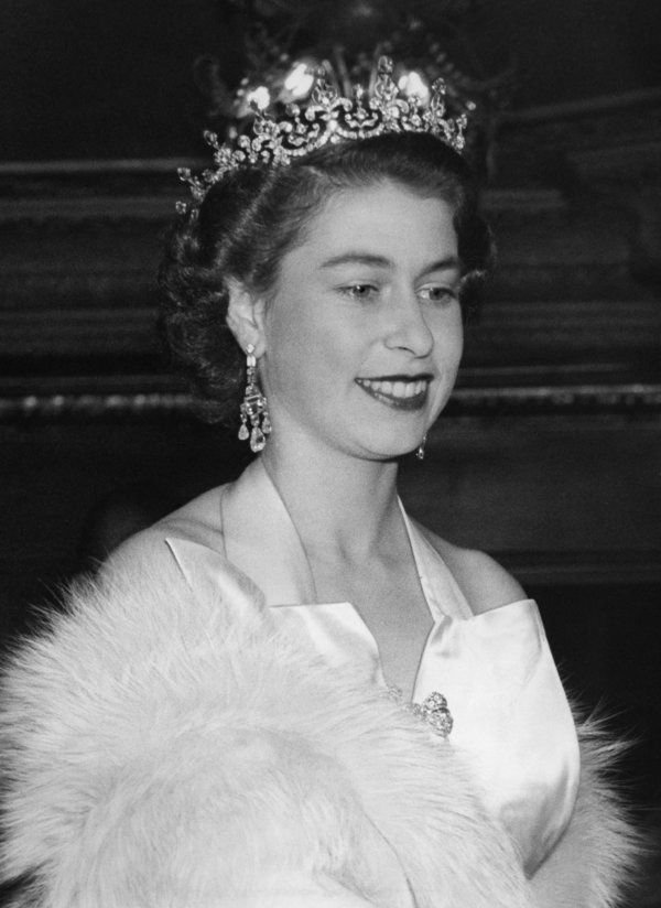 Forget old Hollywood, #QueenElizabeth II is the true essence of glamour! Circa 1953.