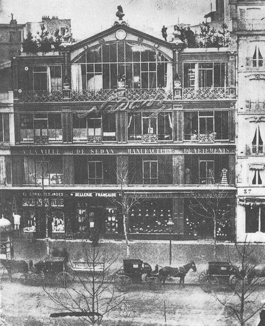 The studio of Nadar at no. 35 Boulevard des Capucines, c. 1860. (monetpainting.net)