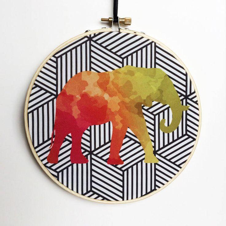 Watercolor Elephant Hoop Art, Photo Hoop Art, Embroidery Hoop Art, Embroidery Hoop Decor, Hanging Wall Art, Canvas Hoop Decor, Wooden Hoop by RegalosOnline on Etsy