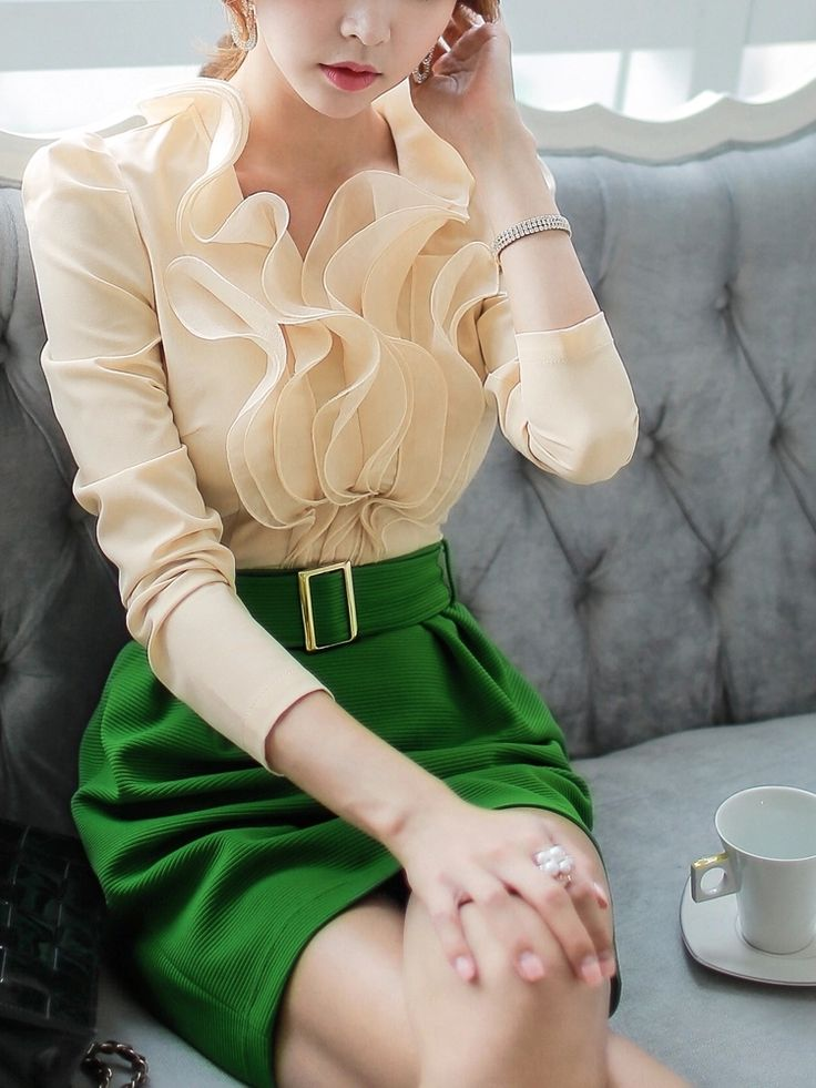 Yellow+Ruffle+Collar+Long+Sleeve+Top+Shirt+With+Green+Skirt