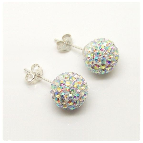Fülbevaló inspiráció az új #SwarovskiElements #Pavé Ball kristály gyöngyökből.