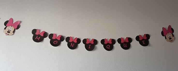 Minnie Mouse naamslinger  gemaakt voor in de kinderkamer