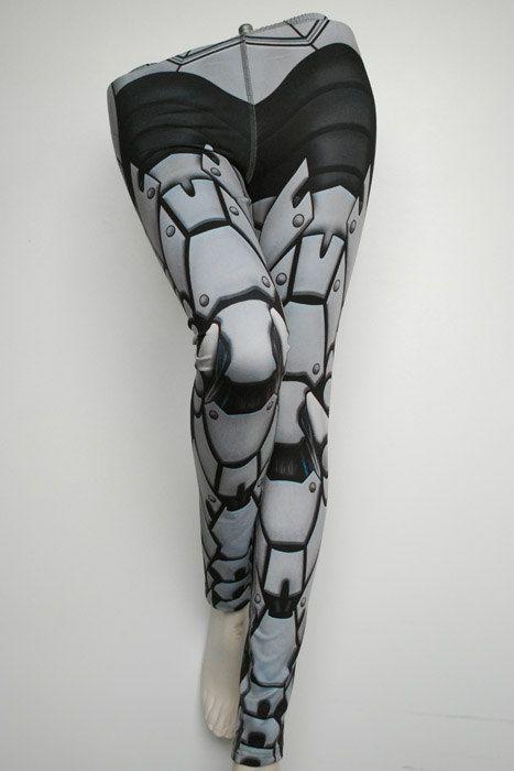 Bionic Leggings  Size S Light Grey  Printed Metal Robot von Mitmunk, $79.00