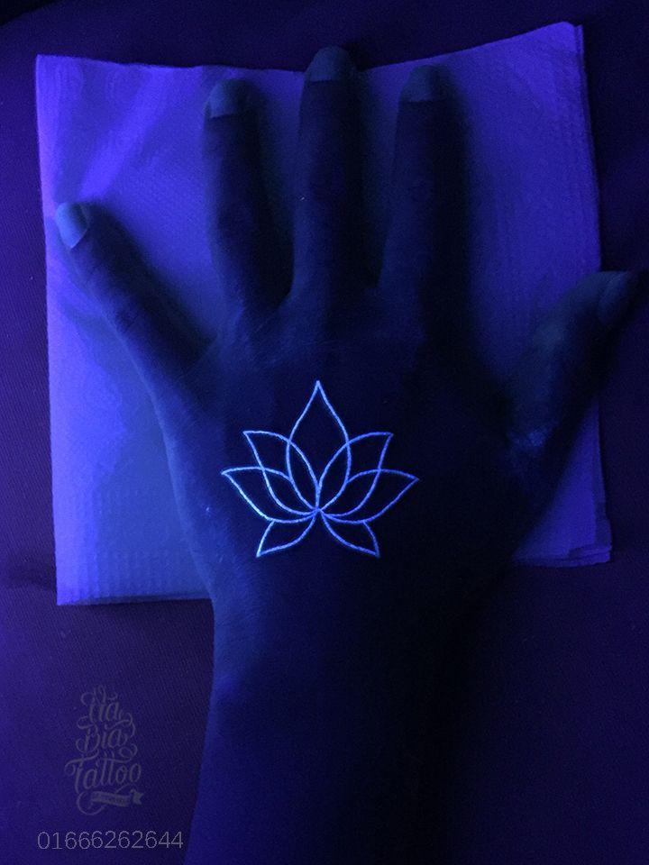 UV tattoo,Xăm dạ quang,lotus tattoo,hình xăm hoa sen, mini tattoo, cute tattoo, tattoo girl,NaBia Tattoo, hình xăm độc đáo, hình xăm lạ, hình xăm đẹp, xăm nghệ thuật, xăm uy tín, xăm Hà Nội, Hotline : 01666262644, Add ; Số 110 A11 Tôn Thất Tùng - Đống Đa - HN