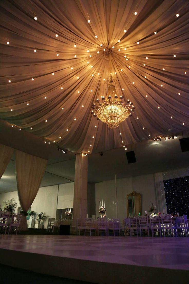 Pin Von Poonam Mardi Auf Indian Wedding Planning Hochzeit Beleuchtung Dekor Hochzeit Hochzeit