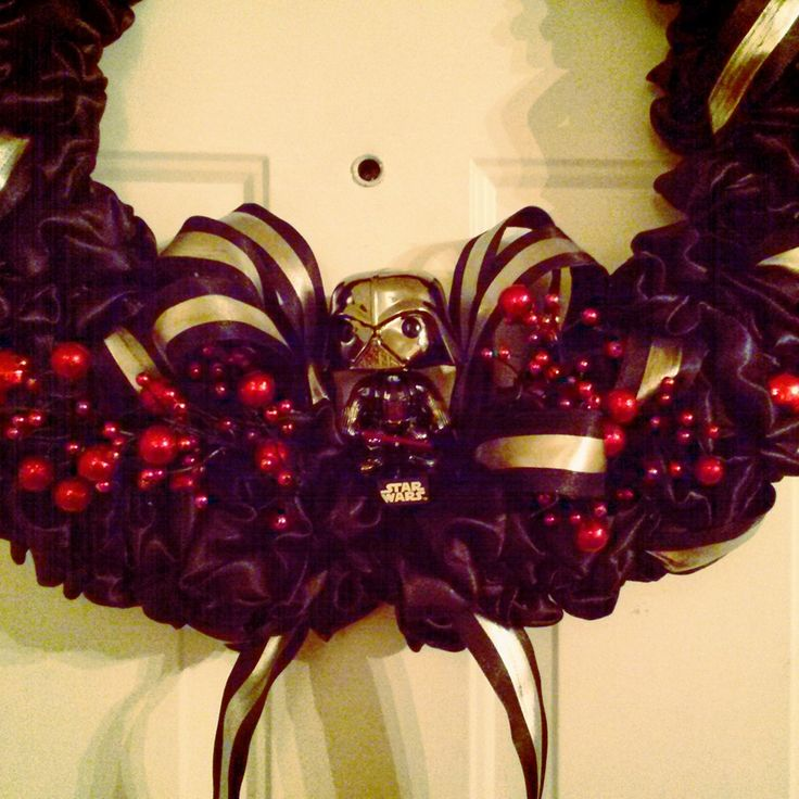 Has the Dark Side ever been so cute? I am so pleased with my custom #darthvader #wreath!