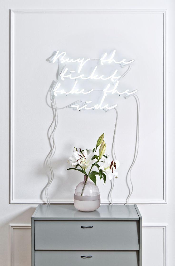 Die besten 25 neues zuhause zitate ideen auf pinterest sch ne zuhause spr che f r familie - Leuchtschrift wand ...