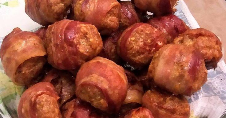 Baconba tekert fasírt zabpehellyel