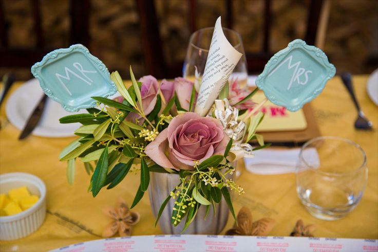 Relaxed and creative reception flowers