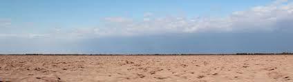 Desde siempre hemos percibido el paisaje  como el cielo y la tierra que se rozan en el horizonte
