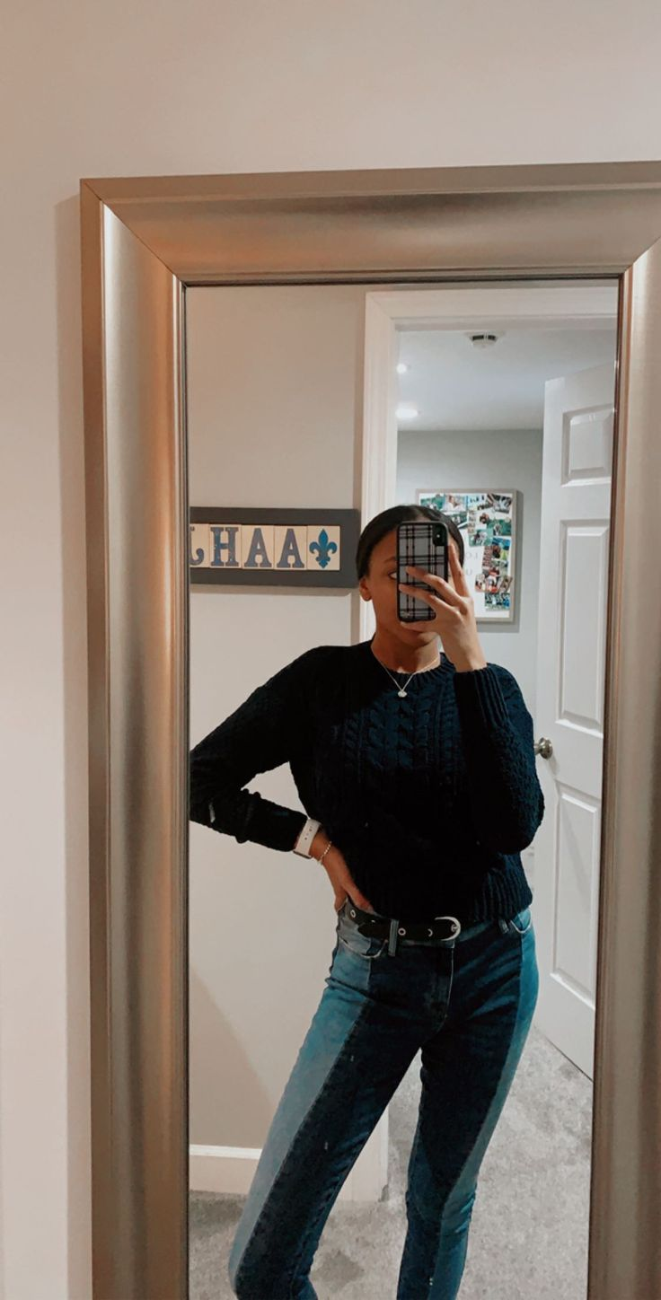Pin by alethea) on outfits in 2020 Mirror selfie
