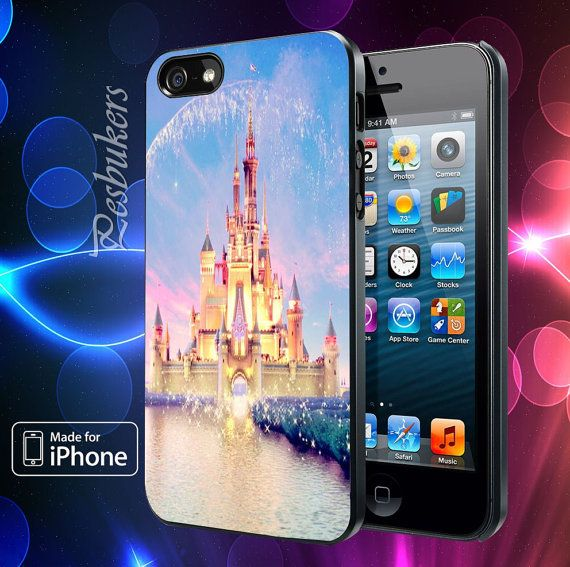 Castle of Disney Princess Samsung Galaxy S2/ S3/ S4  by Pesbukers, $13.89