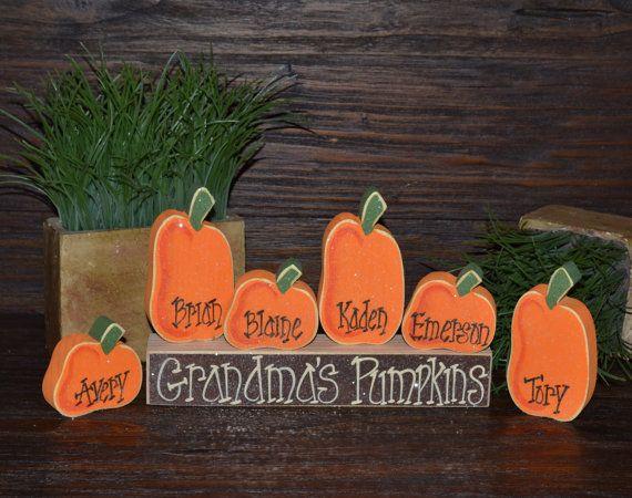 Pumpkin Thanksgiving Decor Personalized Pumpkins por BlocksOfLove1