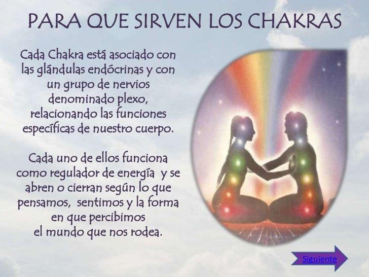 LA FUNCIÓN PRINCIPAL   DE LOS CHAKRAS     CONSISTE EN:Desarrollar distintos aspectosde la autoconscienciaProveer y revital...