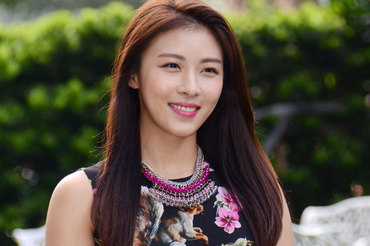 Ha ji won skin care. Jun Ji Hyun, also known as Gianna Jun, is a South Korean actress. She is best known for her role as The Girl in the romantic comedy My Sassy Girl, one of the
