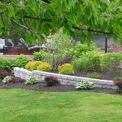 Best 25+ Landscaping Retaining Walls Ideas On Pinterest | Backyard
