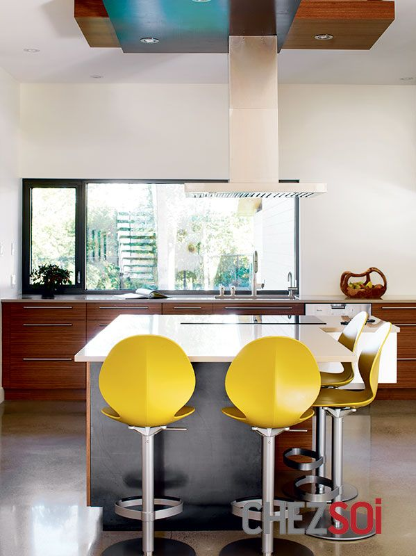 Maison: Espace et lumière | CHEZ SOI Photo: ©TVA Publications | Yves Lefebvre #deco #maison #espace #lumiere #ecolo #cuisine