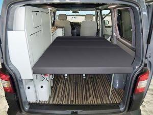 17 best images about vw transporter camper on pinterest vw t5 volkswagen and kauai. Black Bedroom Furniture Sets. Home Design Ideas