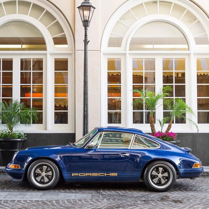 Singer Porsche 911                                                                                                                                                                                 More