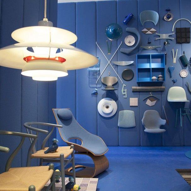 Milão 2013 - dia 1: tempo de arquitetura no design Koolhaas e Post Design são as estrelas do 1˚ dia.  A sala azul, repleta de design dinamarquês, faz parte da mostra Danish Chromatism, montada na Triennale di Milano