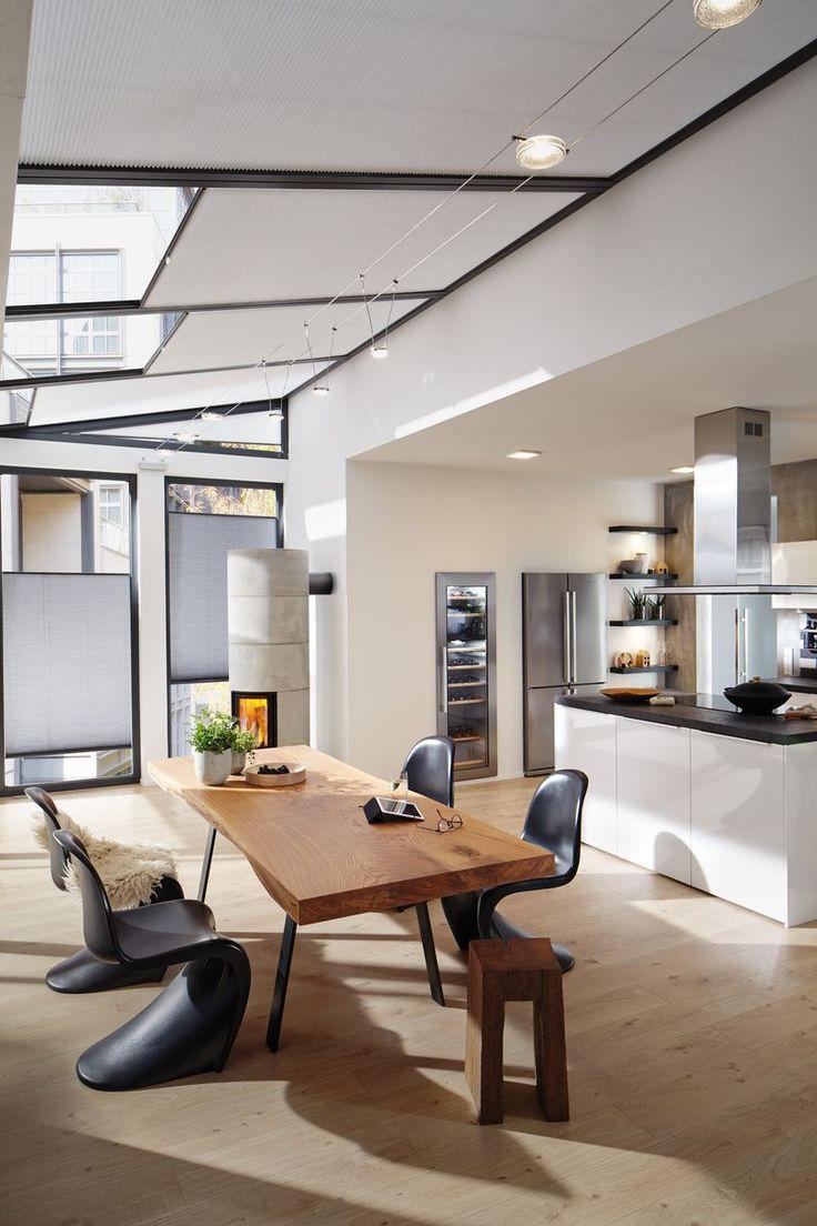 In Einer Wohnkuche Trifft Gemutlichkeit Auf Arbeitsplatz Darauf Muss Die Beleuchtung Angepasst Werden Seilsysteme Biet Seilsysteme Haus Deko Innenarchitektur