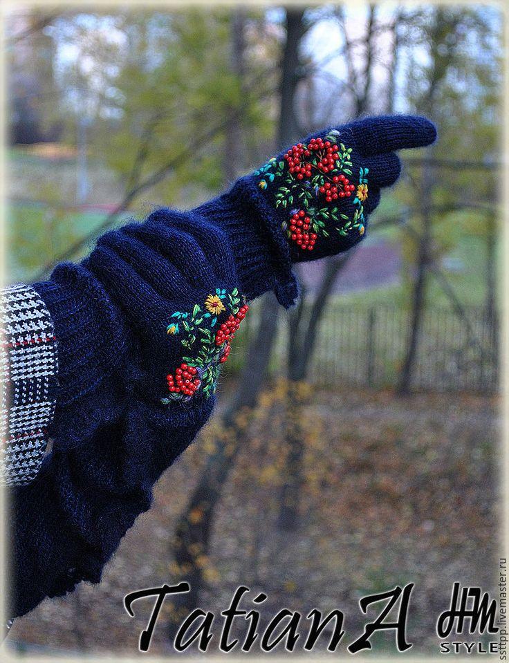 """Купить Длинные перчатки с кружевом и вышивкой """"Дары осени2"""" темно-синие - тёмно-синий, перчатки"""