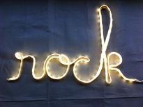 Mots lumineux crées par Passe à l'Atelier. #original #design #lumineux #rock #prénoms #tendance