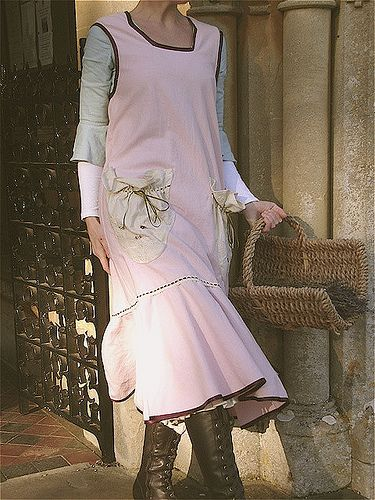 From Susannah Dashwood Frills, Frocks and Fancies Blog 'Molly Amelia Pinny' ...pattern available here