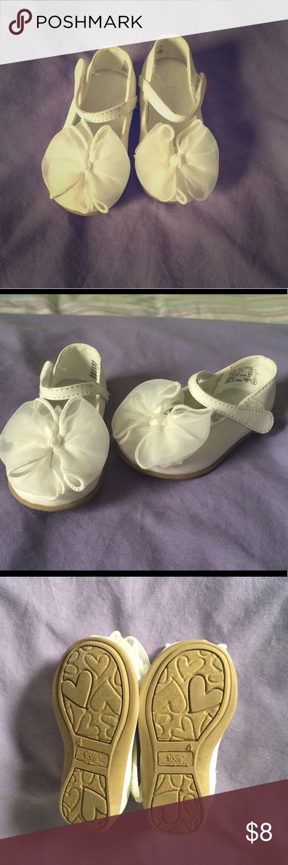 Girl's toddler dress shoes White dress shoes. Worn once or twice. Like new! Offers welcome Shoes Dress Shoes